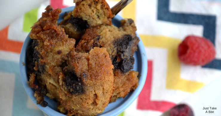 Don't let those extra muffins go to waste! Whether they are getting stale or are starting to crumble, muffins make amazing bread pudding.