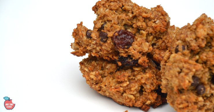 In need of an easy, allergen-free breakfast? These sunbutter breakfast cookies only take a few minutes of prep time and are free of gluten, dairy, eggs, nuts, rice, corn, soy and coconut.