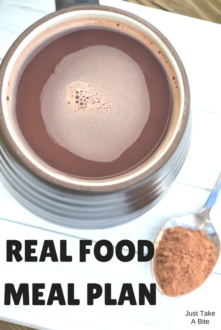 This week's real food meal plan and agenda focus on packing and planning. It's about to get crazy busy!