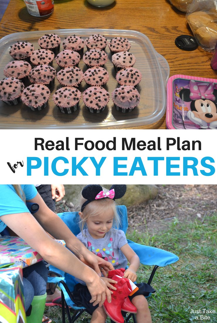 This week's real food meal plan for picky eaters includes mac 'n' cheese, spaghetti and lots of eggs. Our hens are really starting to lay.